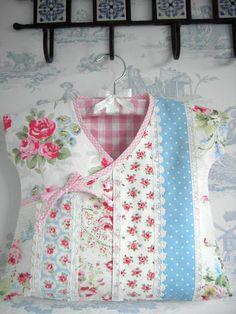 Handmade Laura Ashley Cath Kidston Patchwork Peg Bag Pink Bias Binding   eBay