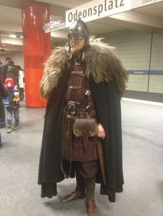 bush-beat:  I've seen this guy a few times. He's the coolest? Just casual viking in the subway nbd. And he let me take a picture.   Ll