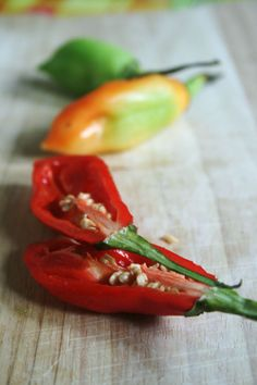 Piments (Végétariens) farcis aux crevettes, recette antillaise qui ne pique pas ! - Passion culinaire by Minouchka