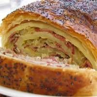 Kosher Ruben Roll. This looks so, so yummy!