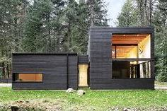 © Mark Woods•Architects: Robert Hutchison Architect · Office Profile•Location: Greenwater, WA 98022, USA•Design Team: Robert Hutchison, Scott Claassen, Wenjing Zhang•Project Year: 2015•Photographs: Mark Woods •Structural Engineer: Swenson Say Faget•General Contractor: Owner•Steel Fireplace Fa