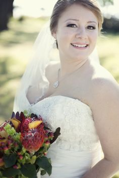 Beautiful Fall Bride|Photo by: christianburgephotography.com