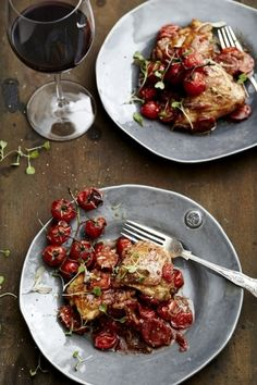 Chicken Chorizo with Rosa Tomatoes recipe with NOMU Chicken Fond Roast Recipes, South African Recipes, Ethnic Recipes, Chicken Chorizo, Food Challenge, Low Carb Diet, Winter Food, Soul Food, Kitchens
