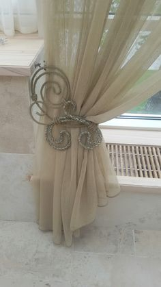 My sweet romantic soul in this Curtain Tie Backs Diy, Curtain Ties, Hanging Curtains, Drapes Curtains, Window Coverings, Window Treatments, Curtain Designs, Soft Furnishings, Decoration