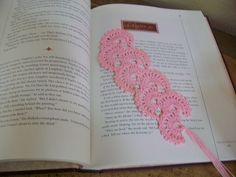 Crochet Bookmark.  Free pattern on Ravelry