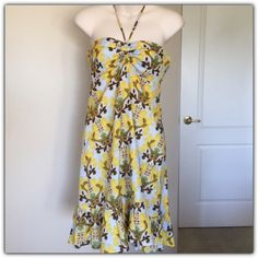 """♣️ T-Bags Anthropologie resort printed sun dress This is a super cute T-Bags dress from Anthropologie. It is a resort sun dress and size extra small. Halter dress empire waist. Has a ruffle at the bottom hem. Zips on the side. Bust 31"""" waist 29"""" length 26"""". Made of 100% silk. And fully lined. No flaws been worn once.   All items are from a clean, smoke free home  Please use the offer button... We will not answer ? on price in the comments.   Trades  Modeling Anthropologie Dresses Midi"""