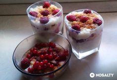 Gyümölcsös tejberizs pohárban