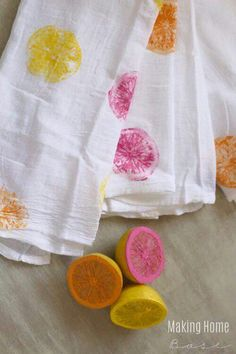 Fruit Painting Crafts for Kids (decorative pillow covers) Kids Crafts, Painting Crafts For Kids, Summer Crafts, Diy And Crafts, Craft Projects, Arts And Crafts, Craft Ideas, Diy Summer Projects, Homemade Crafts