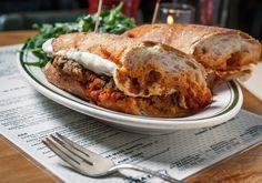 Las albóndigas, ¿Serán la tendencia gastronómica de 2015? Todo apunta a que este plato tan tradicional va a convertirse en la comida de moda. En Nueva York, ya arrasan!!