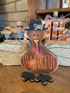 Thanksgiving Crafts, Fall Crafts, Holiday Crafts, Home Crafts, Halloween Arts And Crafts, Magnolia Design, Types Of Craft, Crafty Kids, Tole Painting