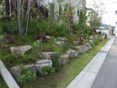 ロックガーデン風、植栽外構です…|大阪府堺市のアーテック・にしかわ Landscape Architecture, Landscape Design, Garden Design, Southern Landscaping, Garden Landscaping, Stair Steps, Green Garden, Garden Paths, Exterior