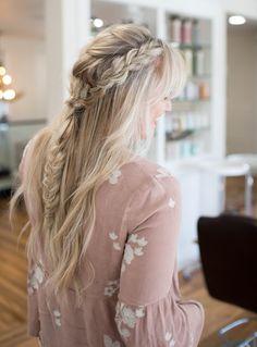 Hair // Boho Messy Braid Tutorial - messy Braided - - Boho Braid - # messy Braids tutorial # boho Braids tutorial # boho Braids with bangs Box Braids Hairstyles, Sporty Hairstyles, Trending Hairstyles, Boho Hairstyles, Messy Hairstyle, Black Hairstyles, Hairstyles Haircuts, French Braid Ponytail, Messy Braids