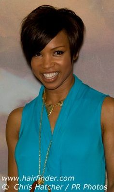 always love Elise Neal's hair