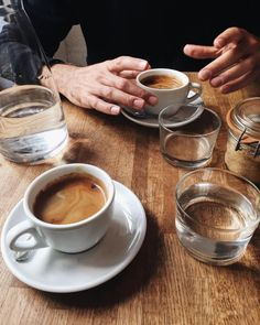 coffee date Morning Coffee Breakfast Dates - coffee Coffee Date, Coffee Break, Morning Coffee, Coffee Is Life, My Coffee, Coffee Photography, Food Photography, Coffee Shop Aesthetic, Cocinas Kitchen