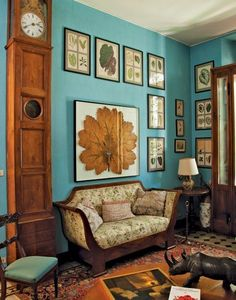 Oberto Gili book, Home Sweet Home: Sumptuous and Bohemian Interiors Love the art and wall color. I love this room! Living Room Turquoise, Turquoise Walls, Turquoise Painting, Teal Walls, Turquoise Color, Interior Bohemio, Sweet Home, Italian Home, Ideas Hogar