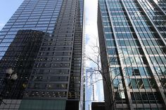 RIGHT: Inland Steel Building, Chicago, IL. LEFT: One South Dearborn Street, designed by DeStefano, Keating & Partners.