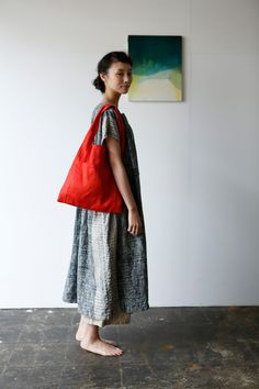 wish there was an accompanying pattern book ! Fashion Line, Fashion Images, Star Fashion, Fashion Outfits, Womens Fashion, Diy Clothes Bag, Sewing Clothes, Natural Clothing, Everyday Dresses