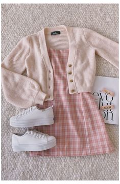 Style Outfits, Teen Fashion Outfits, Mode Outfits, Retro Outfits, Girly Outfits, Cute Casual Outfits, Fashion Clothes, Plaid Outfits, Clueless Outfits