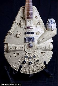 Smarty: Colección de guitarras Star Wars para tocar los temas de The Force Awakens de una forma diferente