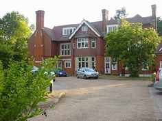 Bromley flat rental in estate, $1135/week