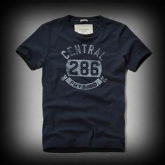 Abercrombie&Fitch メンズ Tシャツ  アバクロ Bartlett Pond Tee Tシャツ  ★色あせ古めかされたスクリーンプリントがインパクトありお洒落です。 ★ダメージ感が強くて古着っぽさがコーディネイトしやすくて個性的でお洒落。