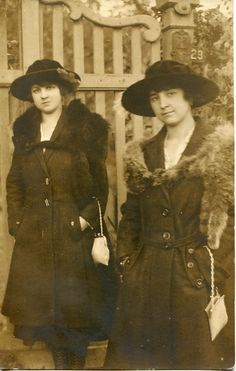 vintage everyday: Old Fashions from the 1900s-1910s - Probably WWI era (1914-1919)