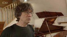 Czech TV about Viviana Sofronitsky, Paul McNulty and their pianos (in Czech)  http://www.ceskatelevize.cz/ivysilani/1131721572-babylon/415236100152021/obsah/429777-vivian-sofronitsky-a-paul-mcnulty
