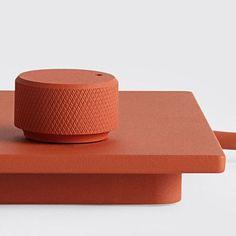 bits & bolts ~ curated by felix heibeck Bottle Design, Tech Gadgets, Design Elements, Consumer Electronics, Cool Designs, Design Inspiration, Shapes, Graphic Design, Texture