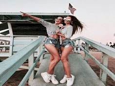 Bff on vacation Best Friend Pictures, Bff Pictures, Friend Photos, Cute Photos, Best Friend Fotos, Shotting Photo, Bff Pics, Gal Pal, Friend Goals