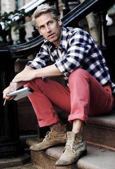 Coloured jeans looks good on men too :)