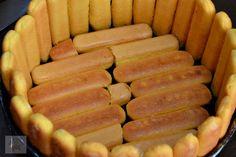 Tort diplomat cu piersici din compot - CAIETUL CU RETETE Sausage, Meat, Food, Sausages, Essen, Meals, Yemek, Eten, Chinese Sausage