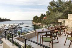 Little Green Bay hotel nouveau Croatie ile de Hvar http://www.vogue.fr/lifestyle/voyages/diaporama/little-green-bay-hotel-nouveau-croatie-ile-de-hvar/31308#little-green-bay-hotel-nouveau-croatie-ile-de-hvar-3
