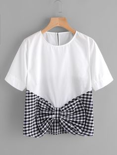 SheIn offers Contrast Gingham Bow Front Keyhole Top & more to fit your fashionable needs. Fashion Mode, Diy Fashion, Fashion Outfits, Fashion Design, Work Fashion, Mode Chic, Mode Style, Blouse Styles, Blouse Designs