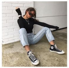 Outfits 2014, Tumblr Outfits, Winter Outfits, Black Converse Outfits, Converse Classic, Cute Simple Outfits, Hypebeast Women, Black Mom Jeans, American Girls