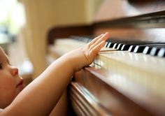 Jamming With Your Toddler: How Music Trumps Reading For Childhood Development | IFLScience