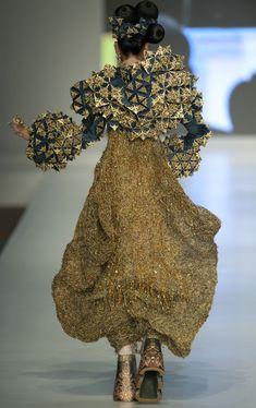 Guo Pei Photo - Hong Kong Fashion Week 2010