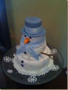snowman cake - Kid's cake for wedding.you know, there's a groom's cake, why not a Brandon cake? Crazy Cakes, Fancy Cakes, Cute Cakes, Pretty Cakes, Christmas Treats, Christmas Baking, Christmas Cakes, Xmas Cakes, Christmas Snowman