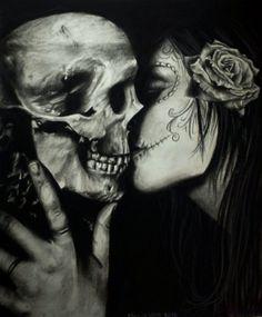 Skull and Catrina kiss La Muerte Tattoo, Catrina Tattoo, Dark Beauty, Calaveras Mexicanas Tattoo, La Danse Macabre, Day Of The Dead Art, Kiss Of Death, Sugar Skull Art, Fantasy Art