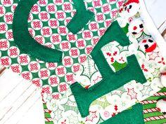 Christmas Bunting by littlestitchstudio1 on Etsy Cute Christmas banner! littlestitchstudio1.etsy.com