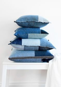 Turning Jeans Into Beautiful Upcycled Products For Your Home http://recycledinteriors.org/mood-boards/turning-jeans-into-beautiful-upcycled-products-for-your-home/ Denim jeans are such a classic piece for our wardrobes aren't they? Most of us will have at least 1 or 2 pairs. I recently scored 4 quality label pairs at the op shop in perfect condition - I was so happy! Jeans are something you can love for a long time, and in fact they often get better as they age. JEANBAG, transforms…