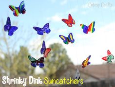 Cutesy Crafts: Kiddie Crafts - Shrinky Dink Butterfly Suncatchers LOVE IT! Butterfly Kids, Butterfly Crafts, Butterfly Birthday, Craft Activities For Kids, Preschool Crafts, Kids Crafts, Bug Crafts, Preschool Ideas, Summer Crafts For Kids