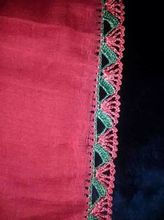 This post was discovered by Me Crochet Edging Patterns, Crochet Lace Edging, Crochet Borders, Thread Crochet, Knit Crochet, Seed Bead Tutorials, Beading Tutorials, Knitted Shawls, Knitting Socks