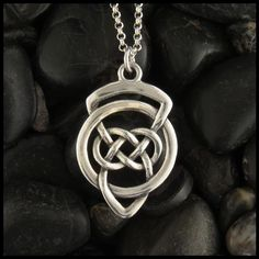 Can Sterling Silver Rings Be Resized Key: 1117233495 Layered Necklaces Silver, Metal Necklaces, Silver Bracelets, Oval Pendant, Pendant Set, Celtic Knot Meanings, Celtic Shield, Clover Tattoos, Irish Tattoos