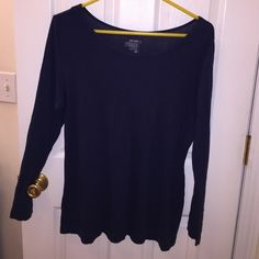 Blue comfy top Worn a few times in excellent condition!  No holes or stains.  ️️  Trades. Items under $10 can only receive a discount when using the bundle option Old Navy Tops