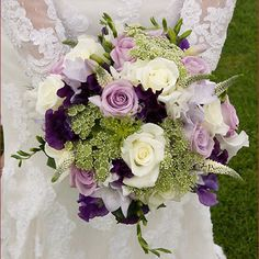 purple wedding bouquets Purple Wedding Bouquets