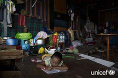 UNICEF ist für die Kinder auf den Philippinen da! Und du? www.unicef.at Den, Home Appliances, Philippines, First Aid, Kids, House Appliances, Appliances