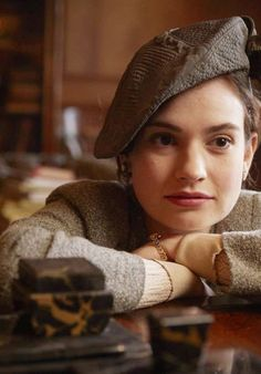 You are watching the movie The Guernsey Literary & Potato Peel Pie Society on Putlocker HD. Free-spirited writer Juliet Ashton forms a life-changing bond with the delightful and eccentric Guernsey Literary and Potato Peel Pie Society, when she decides Potato Peel Pie Society, The Guernsey Literary, Jessica Brown Findlay, Plus Tv, A Writer's Life, Lily James, Peeling Potatoes, Soft Classic, Literatura