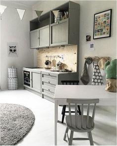 studioelwa      rafakids      gd233      schoolhouse      consortdesign      yvonne_kwakkel      tubucollective      becjudd      mamamek...