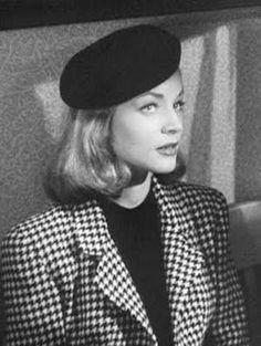 "Lauren Says ""Oui"" to the beret. Fabulous :)"