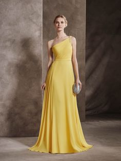 One-shoulder cocktail dress with gauze and gemstones